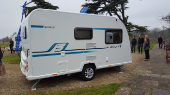 Bailey Pursuit 400-2 (2017)