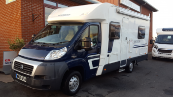 SOLD Swift Escape 664 (10 reg)