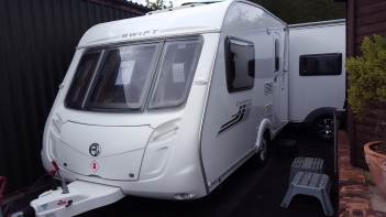 SOLD Swift Charisma 220 (2010)