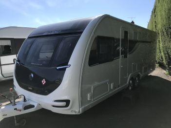 SOLD Swift Elegance Grande 645