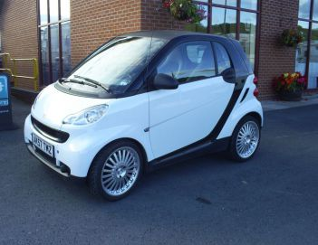 SOLD Smart Four Two Pure