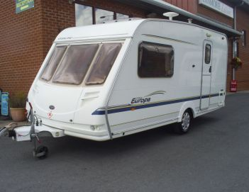SOLD Sterling Europa 460 (2004)