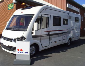 SOLD Adria Sonic Plus I 700 SL (2014 model)