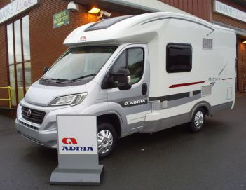 SOLD Adria Matrix Axess 590 SG (2015 Model)