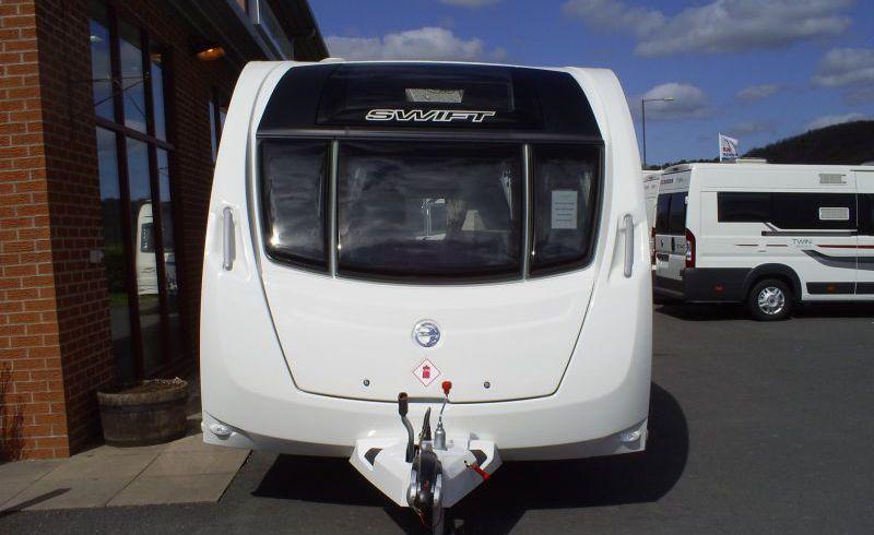 Swift Challenger 590 2014